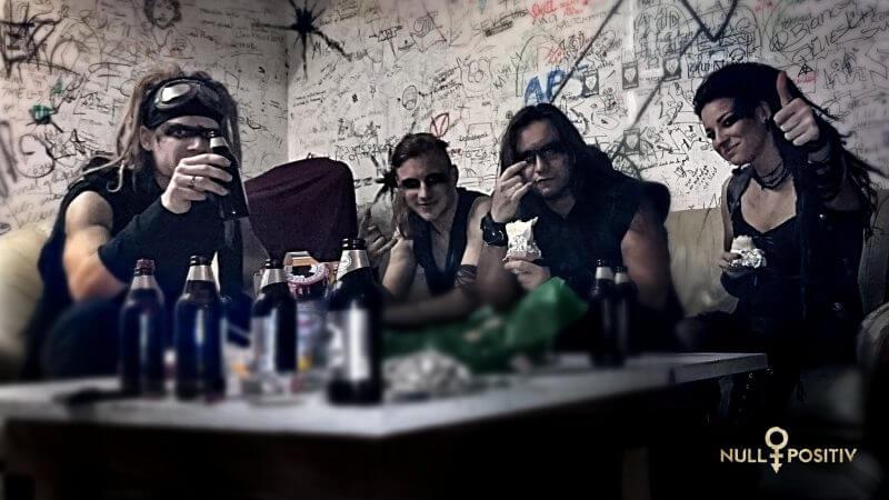 Elli Berlin Sängerin von Null Positiv Germal Metal Heavy Metal Deutschland