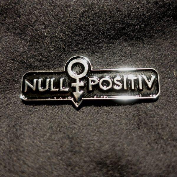 Pin Anstecker Null Positiv