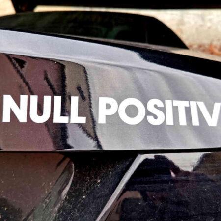 Null Positiv Aufkleber 20cm